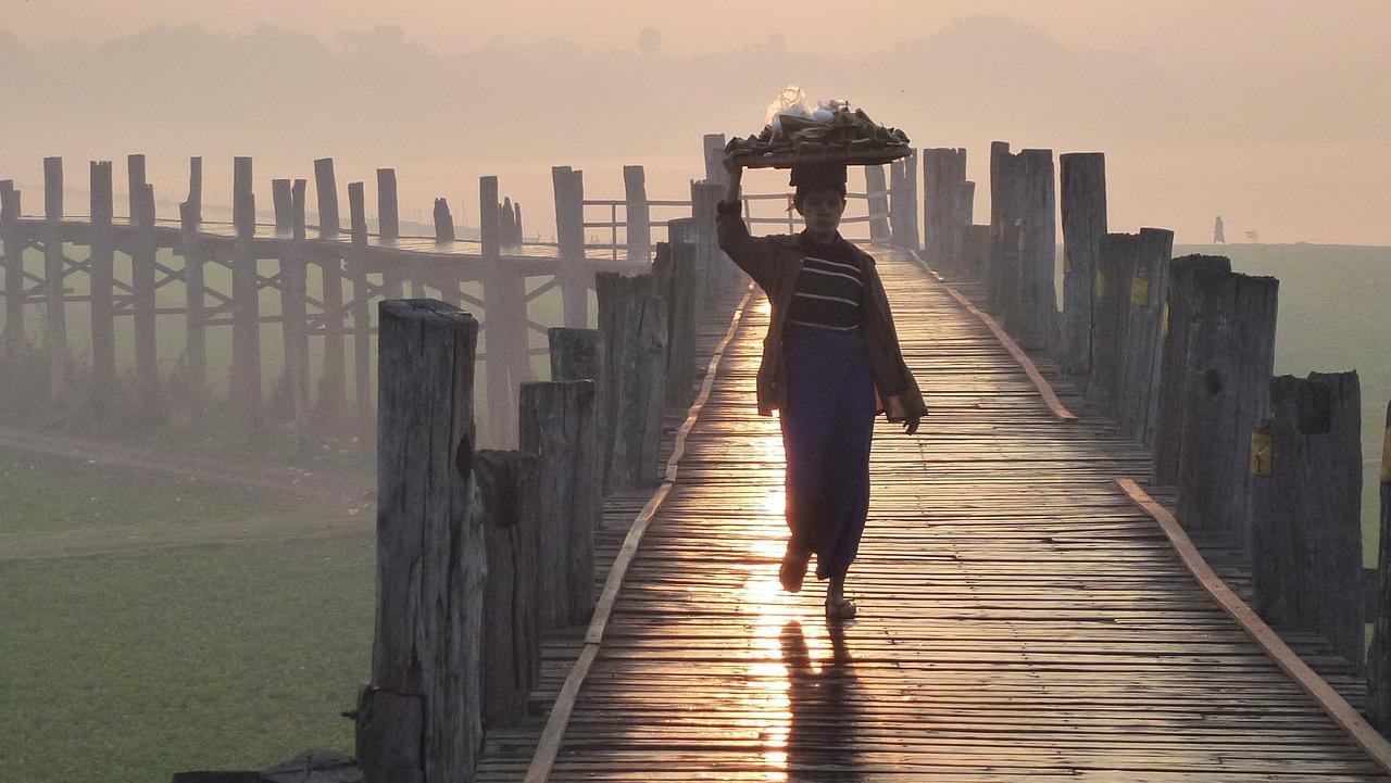 Körper als Brücke